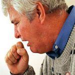 мужчину мучает удушливый кашель