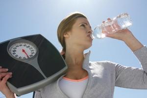 употребление воды и снижение веса