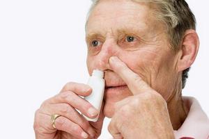 использваоние спрея для лечения гайморита