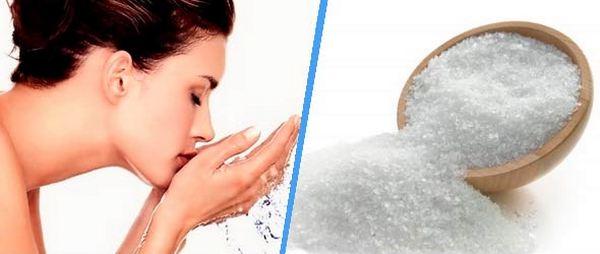 промывание солевым раствором носа с ладони