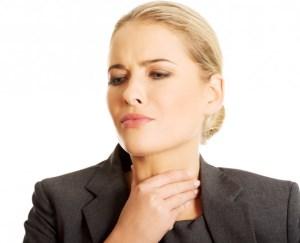 Болит горло