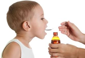 прием лекарства ребенком