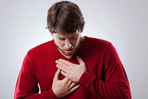 Почему болит в грудной клетке при сухом кашле и что делать при таких болях?