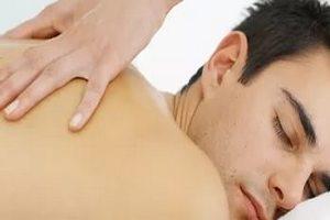 способ лечения бронхита - массаж